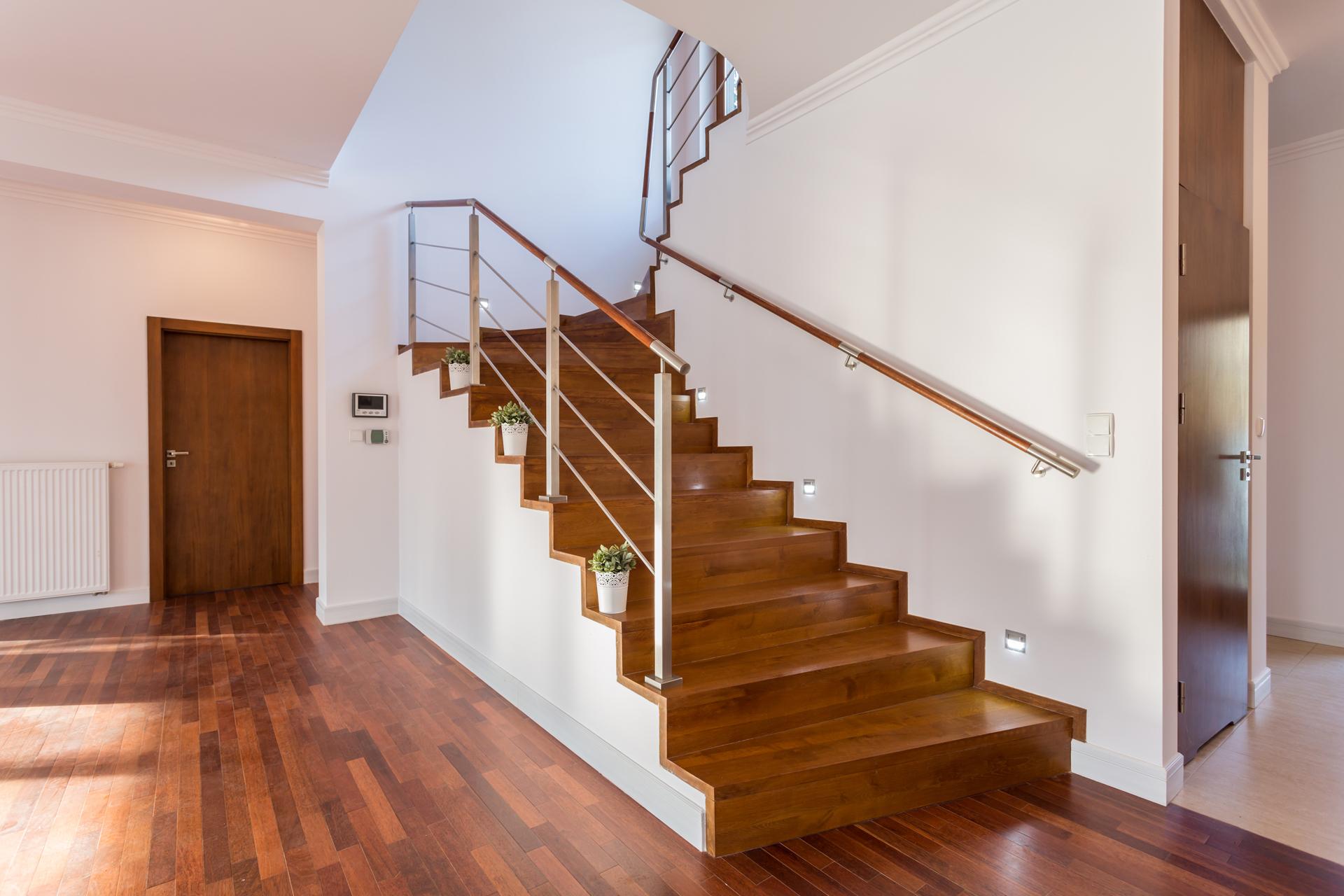 nettoyage escalier en bois