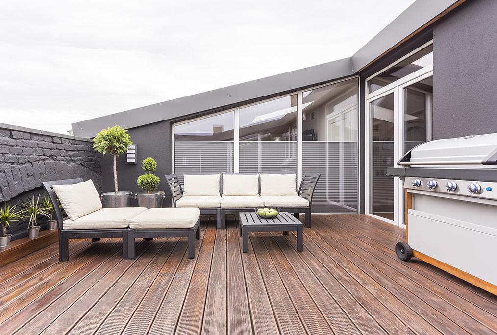 Se faire construire une terrasse en bois sur mesure